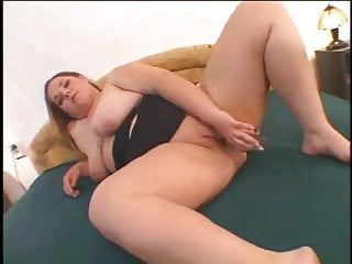 Fat Chubby Ex Girlfriend masturbating her Wet Shaven Pussy