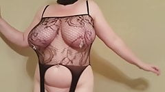 38HH tits sex slave whore Lateshay strip