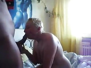 blonde whore wife is getting her mouth and cunt pumped