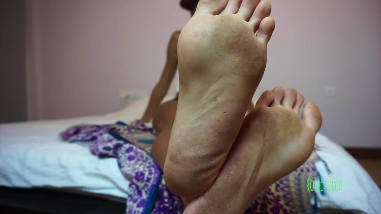 Dirty lesbian foot