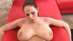 Bouncing big tits pmv natural