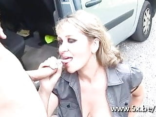 French milf Lola gangbanged