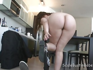 Download video bokep Massage Therapist Lexi Summers Sucking Fucking Client BBW Mp4 terbaru
