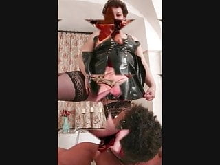 Download video bokep ummmm bad slave Mp4 terbaru