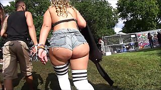 MVP!!! Most Valuable PAWG Candid Booty in Booty Shorts!