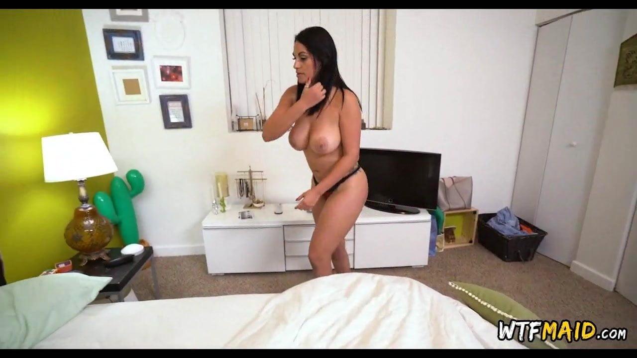 Attractive House Keeper Nude Jpg