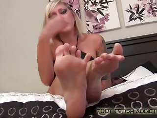 My cute little pink toes need a good sucking