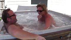 Bear fucks his wife in Hot-tub