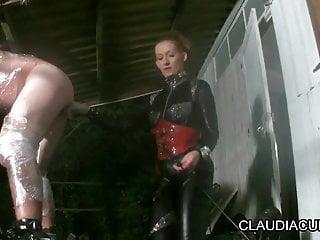 dominatrice claudiacuir maitresse sm seance bdsm de nuit