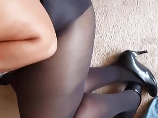 Getting my balls licked in pantyhose and heels