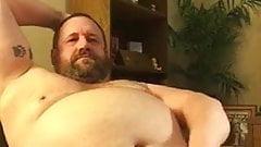 Fat dad Jerks off