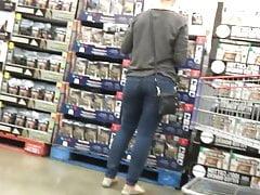 Jeans Ass MILF