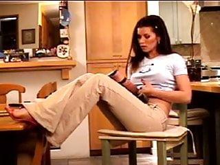 Teen webcam stripps - Melanie stripps in kitchen