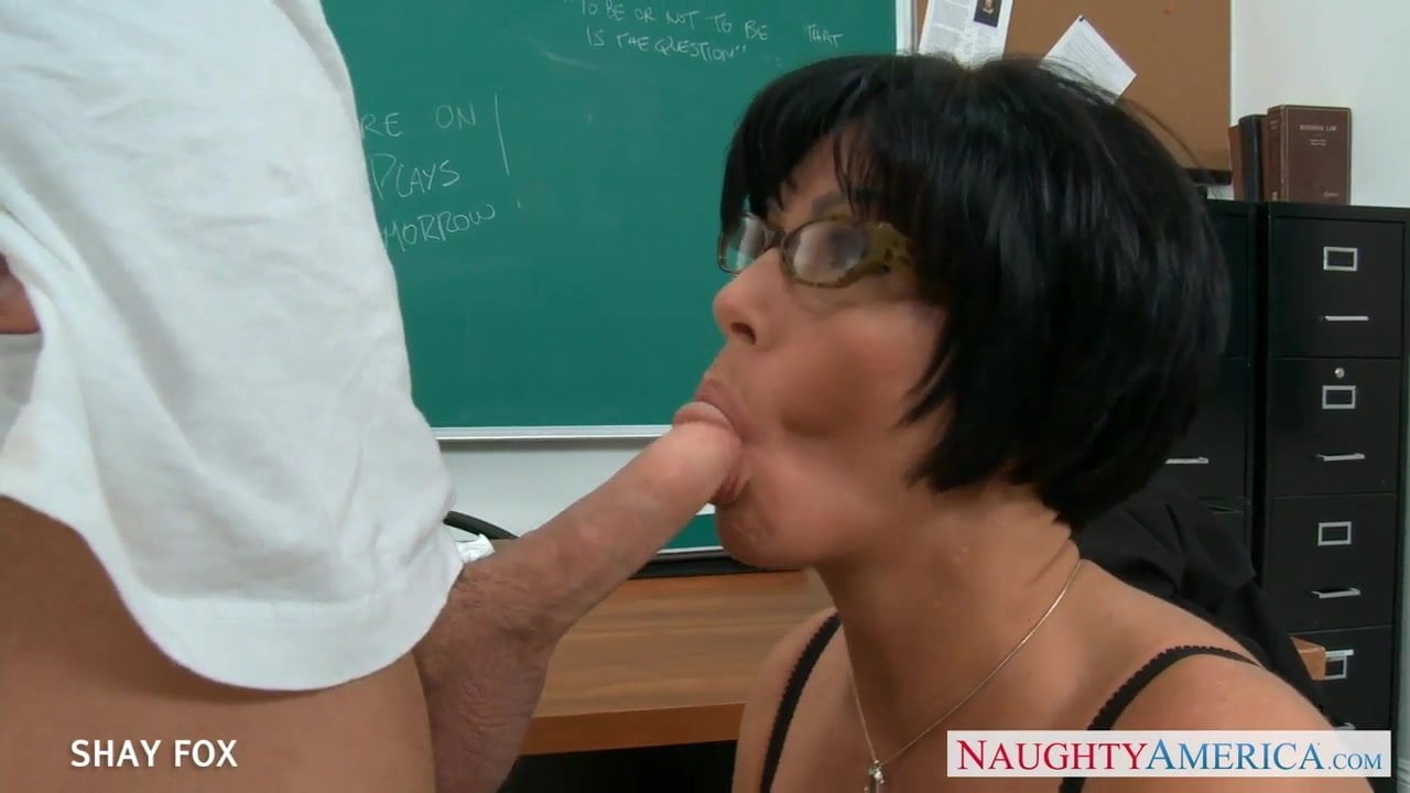 Xxx Mia khalifa takes on big dick watch free