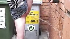 Sweet public pissing Girl