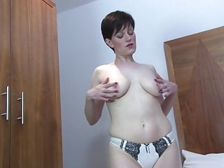 Lusty amateur mature moms with hungry cunts