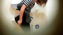 Girls on Toilet 5