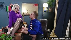 Brazzers - Big Tits at Work - Defiance in the Office scene s
