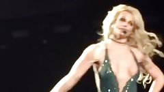 Britney Spears - Las Vegas 2-01-17 (nipple slip)