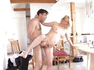 Download video bokep hot german mom vs cock Mp4 terbaru