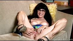 Sexy old spunker talks dirty and frigs her juicy pussy 4 U