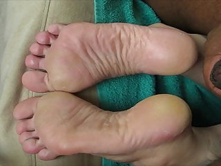Cummed Soles!DJ takes another load.