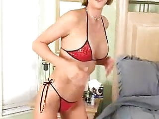 Sexy milf housewife fucks a blowup doll
