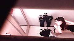 Unsuspecting Shoppers Secretly Filmed