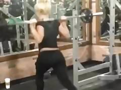 Liv Morgan trains her ass