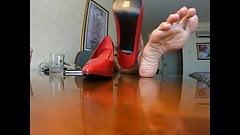 Mikayela Miles huge sexy feet  joi