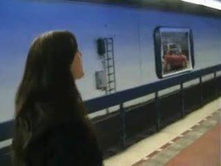 Милфы кончают фото поезд 11