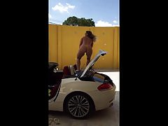 Latino Chick Dance on car nude's Thumb