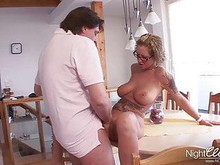 NCPORNO - Deutsche Hausfrau fickt Ihren Mann