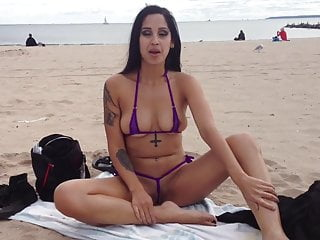 Non nude young gals - Elena shows off her pussy on non-nude beach