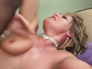 HORNY MILF DRILLED BY YOUNGER COCK...usb