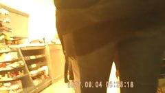 Sexy bubble butt milf jeans ass 1