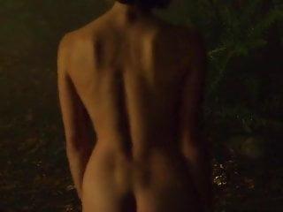 naked women on music videos