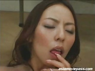 Download video bokep Japanese Cum Facials Asian Teacher Office Lady Ryoko ddb098 Mp4 terbaru