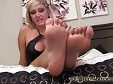 Suck on my toes while you stroke your cock