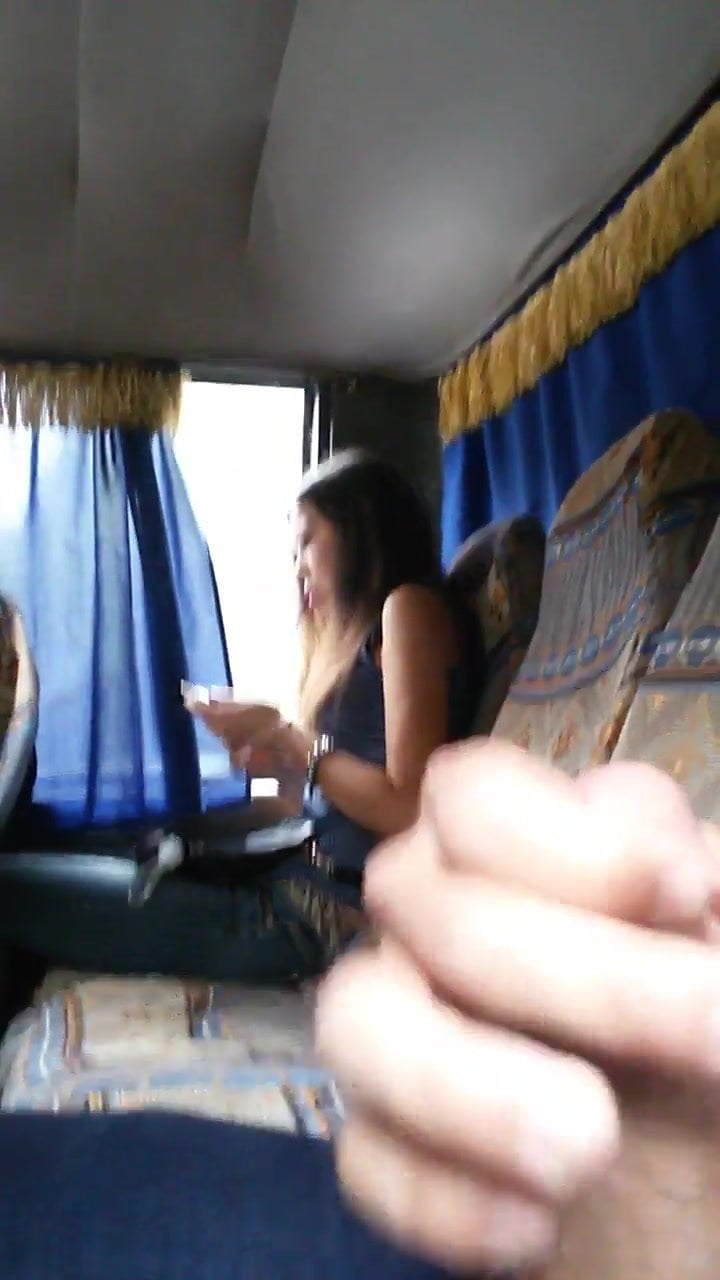 Cum In Bus