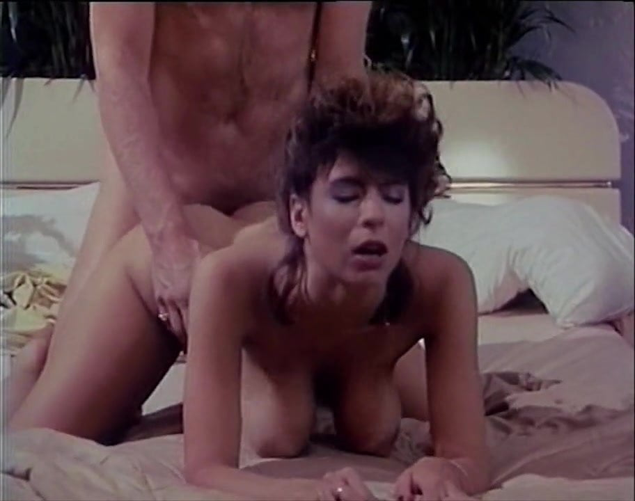 Leilani Leeane Gets Her Asshole Fucked
