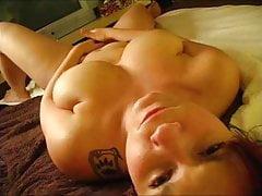 Orgasmus selbstgemacht mit Fremdaufgeilung und Spritzende