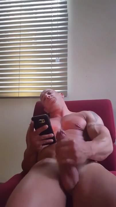 gay muscle porn clip: guy super cums, on hotmusclefucker.com