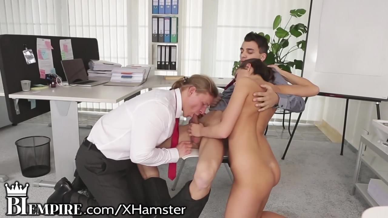 Biempire couple plays with hot guy 4