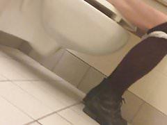 Understall toilet