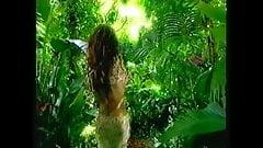 Janet Jackson Side Tit & Nipple Flash