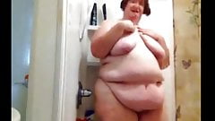 4 Sexy bbw grannys with big asses and titties in showers!Pre