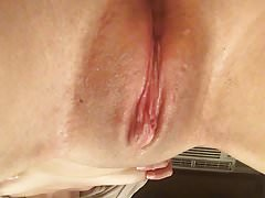 rubbing my swollen clit and little titties (strangeluv)