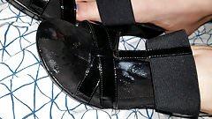 Gf cum sandals
