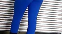 novinha de leg azul